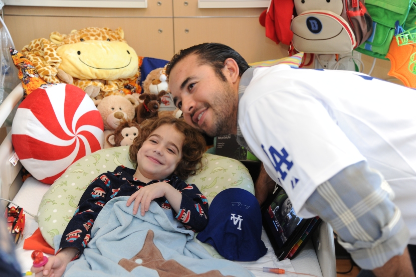 LOS ANGELES DODGERS ANDRE ETHIER VISITS CHILDREN'S HOSPITAL LOS ANGELES.
